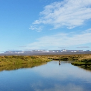 fly fishing in iceland guide